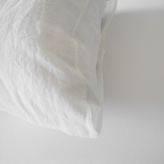 Linge Particulier Off White Standard Linen Pillowcase Sham for a colorful linen bedding look in soft white - Collyer's Mansion