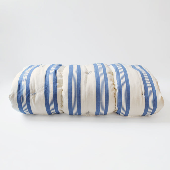 Blue Stripe Throw Bed
