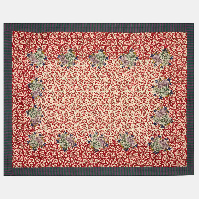 Arabesque Red Quilt, full/queen