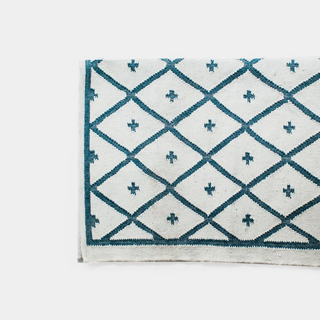Blue Conchita Rug, 4' x 6'