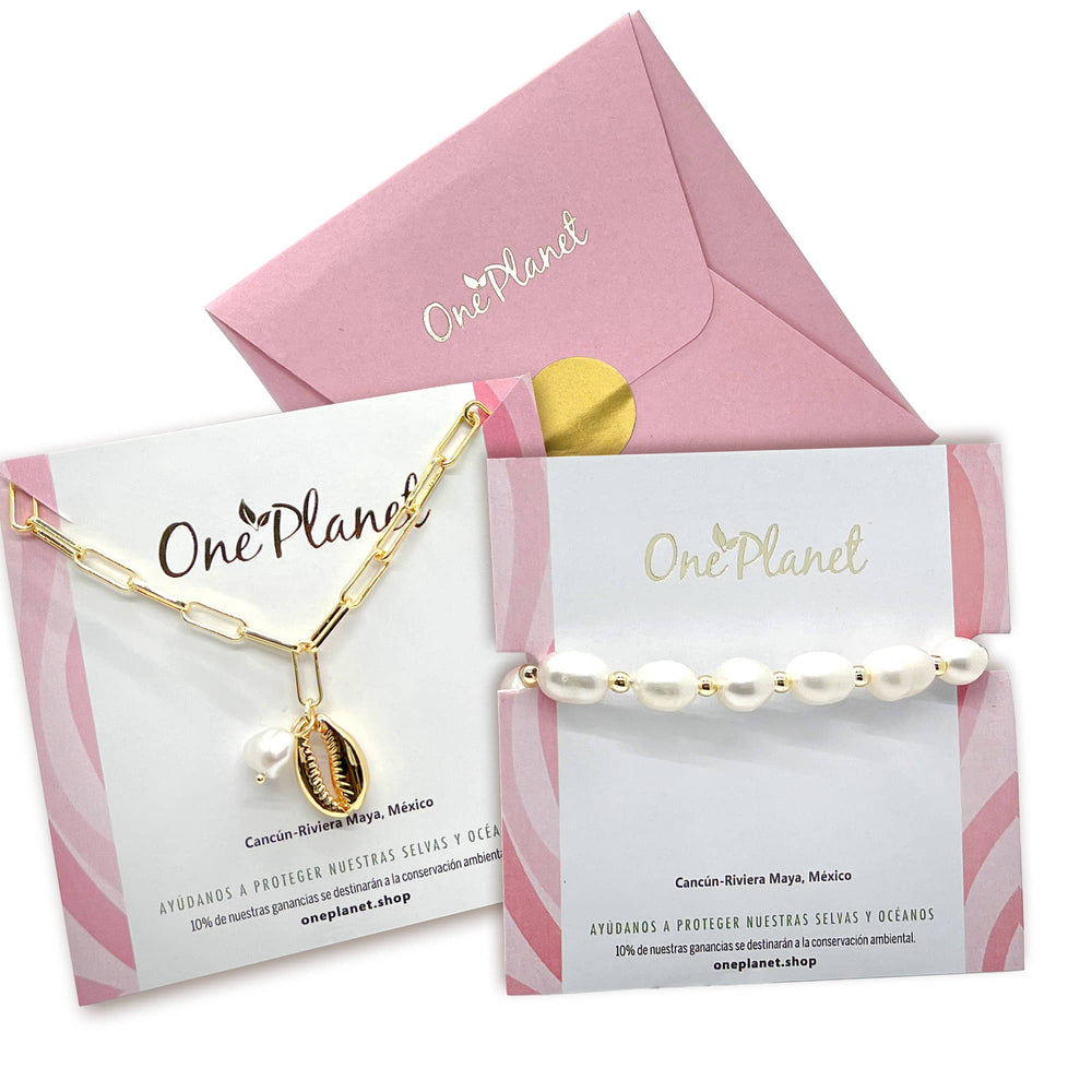 Gift Box Pearls for Mom