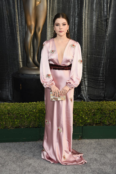 Hannah Zeile carries the 'Guggenheim' clutch to the SAGA 2019 awards