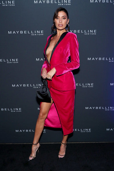 Nicole Williams Carries 'The Ludlow' to the Maybelline NYFW Event