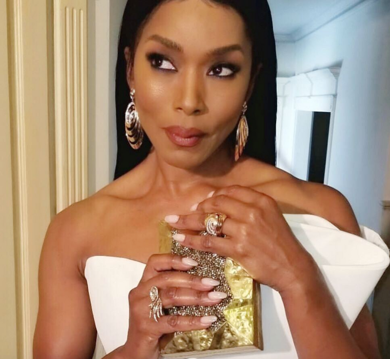 Angela Basset Carries the 'Abrolhos' to the 70th Annual Emmy's