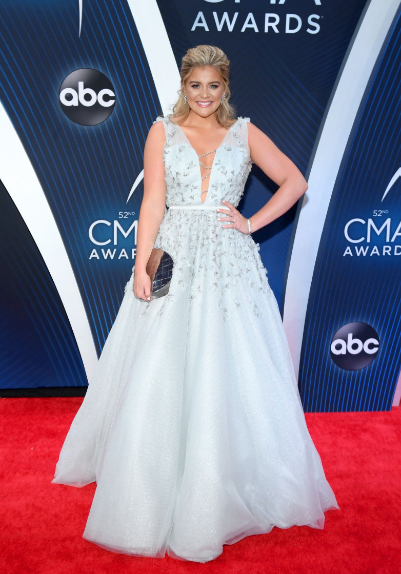 Lauren Alaina Carries the 'Ginza' to the 52nd Annual CMA Awards
