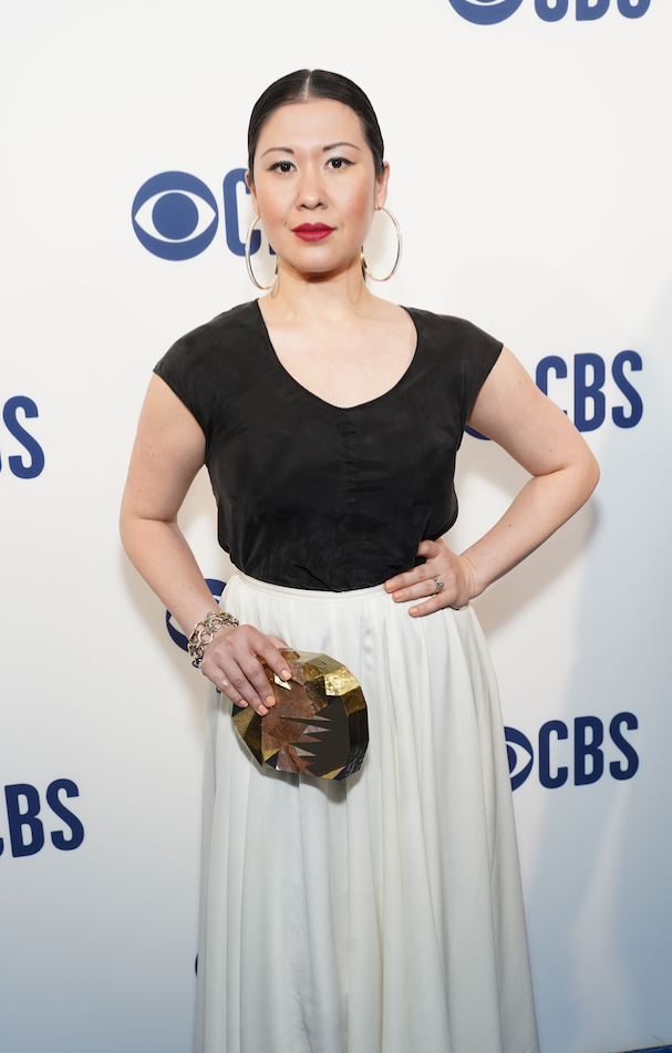 Ruthis Ann Miles carries the 'Strasse' Clutch to the CBS 2019 Upfronts