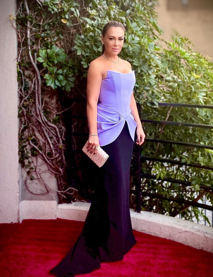 Alyssa Milano carries the 'Rodeo' to the 77th Golden Globes