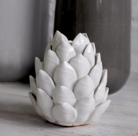Artichoke Candle Holder (White)