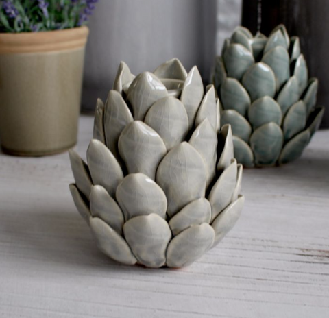 Artichoke Candle Holder (Grey)
