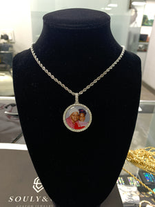 Souly&Co Frozen In Time Picture Pendant.