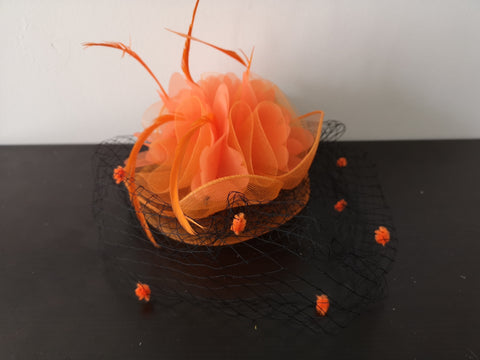L&I Basic Fascinator with net Orange