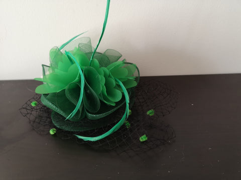 L&I Basic Fascinator with net Green