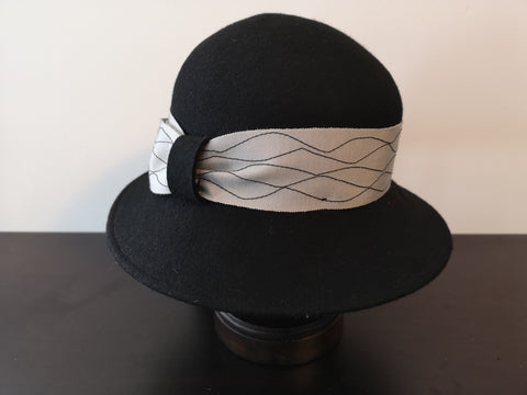 Canadian Hat Wool Cloche Black/Silver