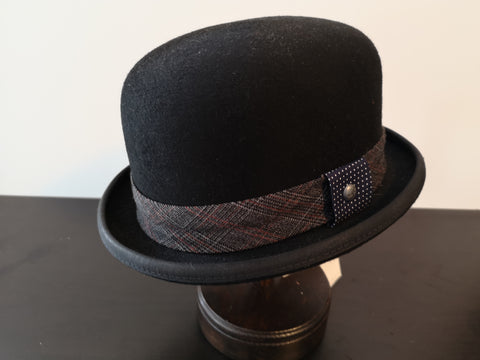 Kangol Tweed Bowler Black Small