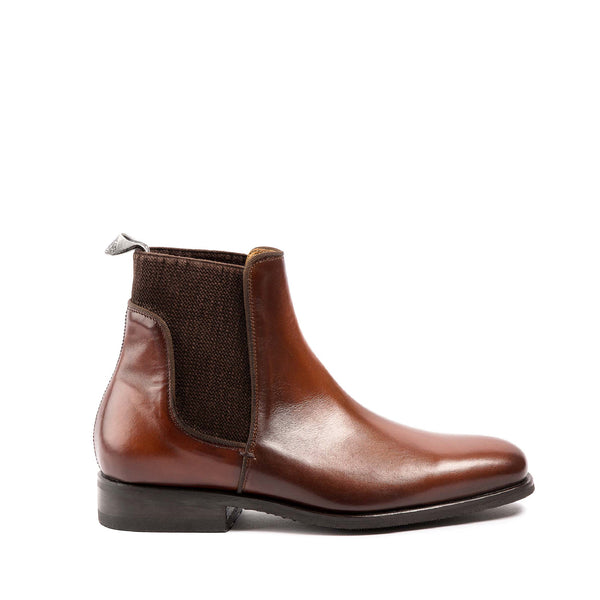 33060<br>Jumping boots in brown calf leather