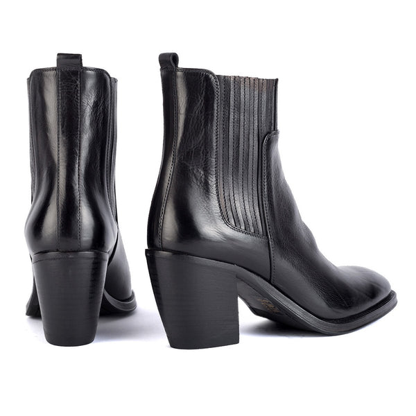 AMINA 54027<br>Black ankle boots