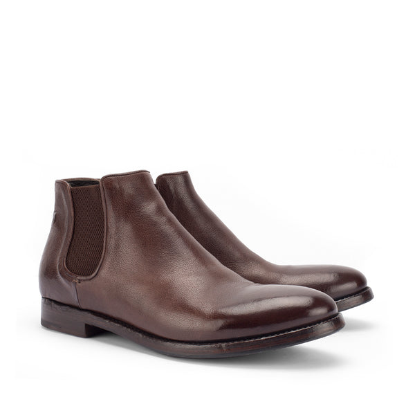 CHEOPE 628 <br> Chelsea boots
