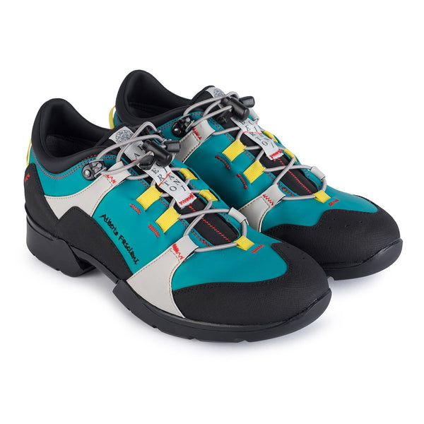 FREETIME VEGAN <br>Turquoise Training Shoes