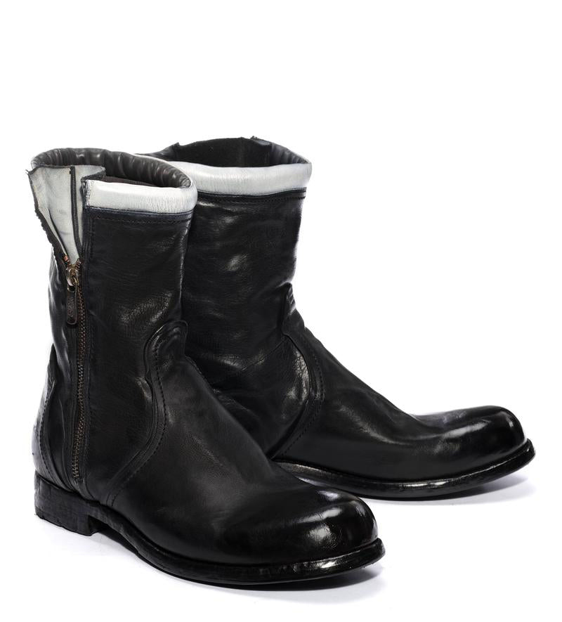 HORUS 24000<br>Black biker boot