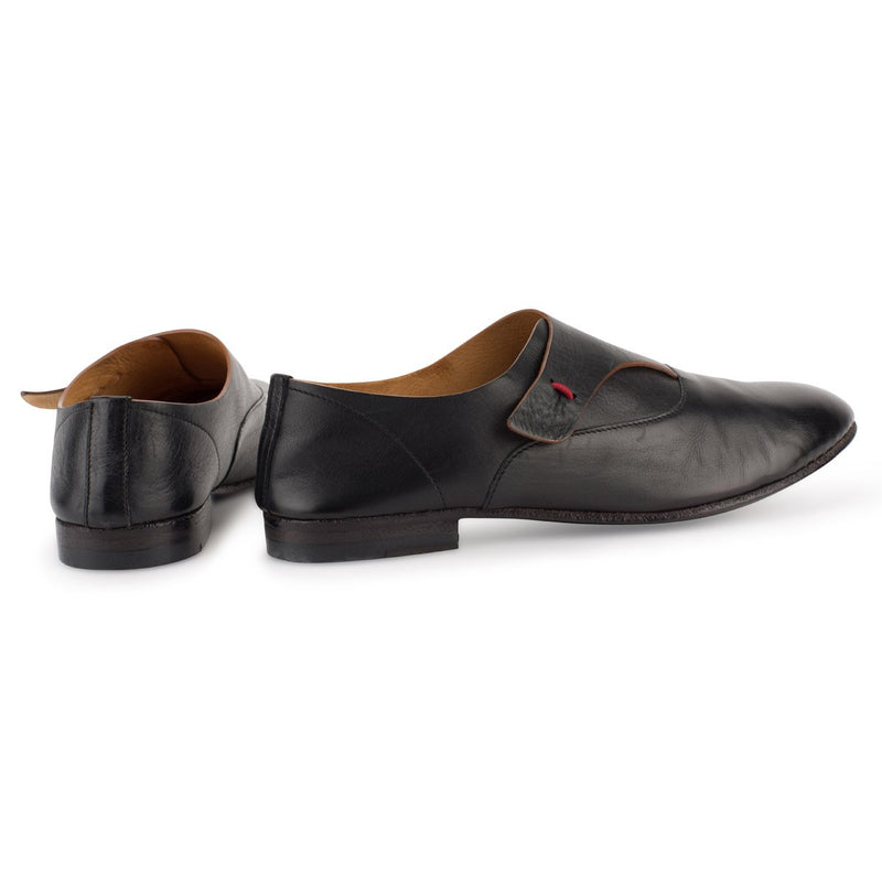 VENERE 48025<br>Black loafers