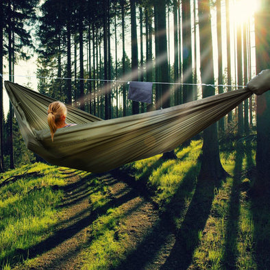 7 Reasons Why A Hammock is A Good Way to Spend Time at Camp