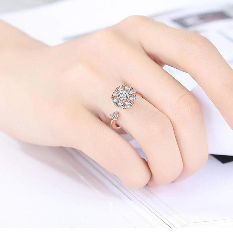Nowsparkle™ Zircon Rotary Ring