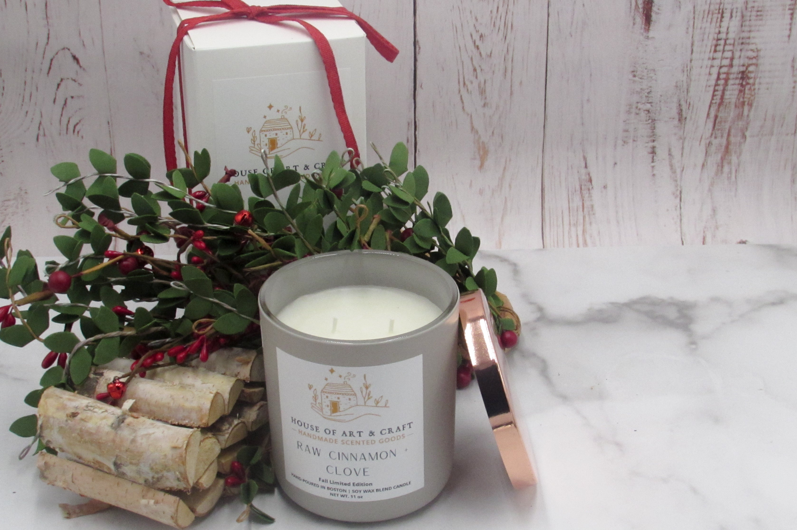 Raw Cinnamon + Clove 12oz Candle | Holiday Limited Edition