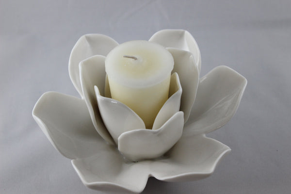LaVie en Blanc Rose Candle Holder
