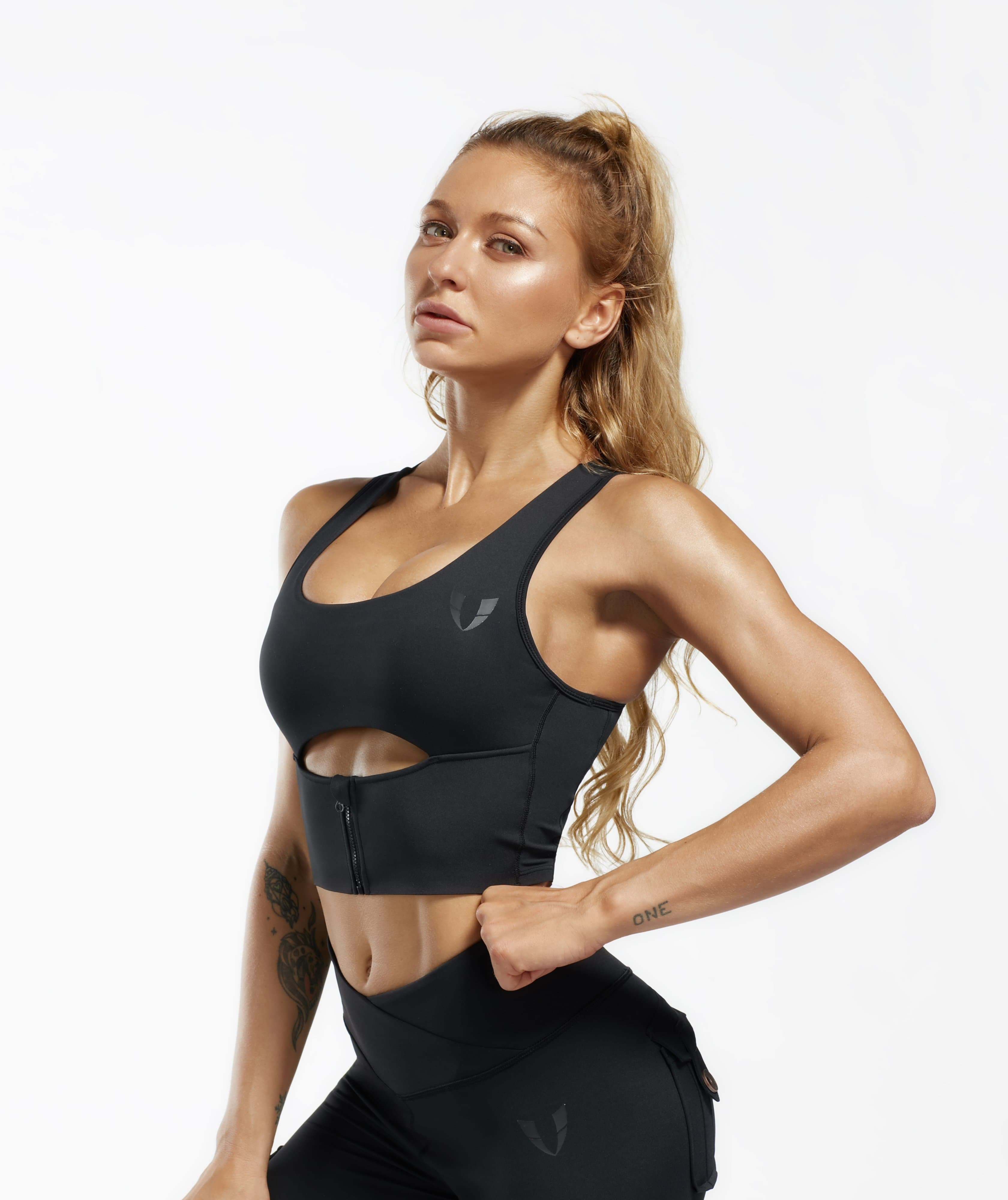 Scoop neck Sports Bra - Black - Firm Abs Fitness