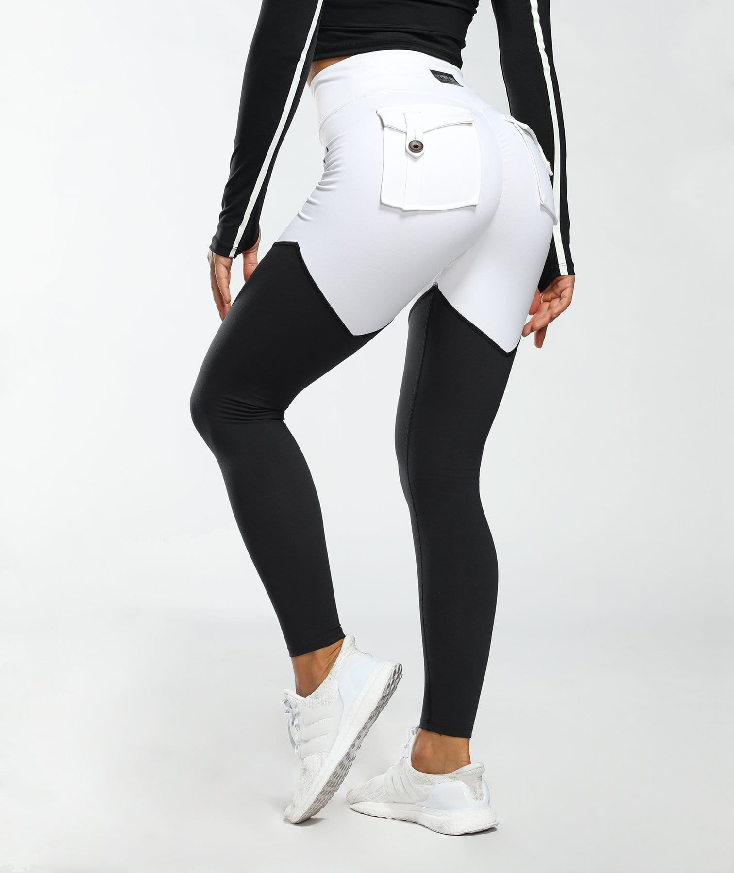 Cargo Power Leggings - Black and White - Firm Abs Fitness