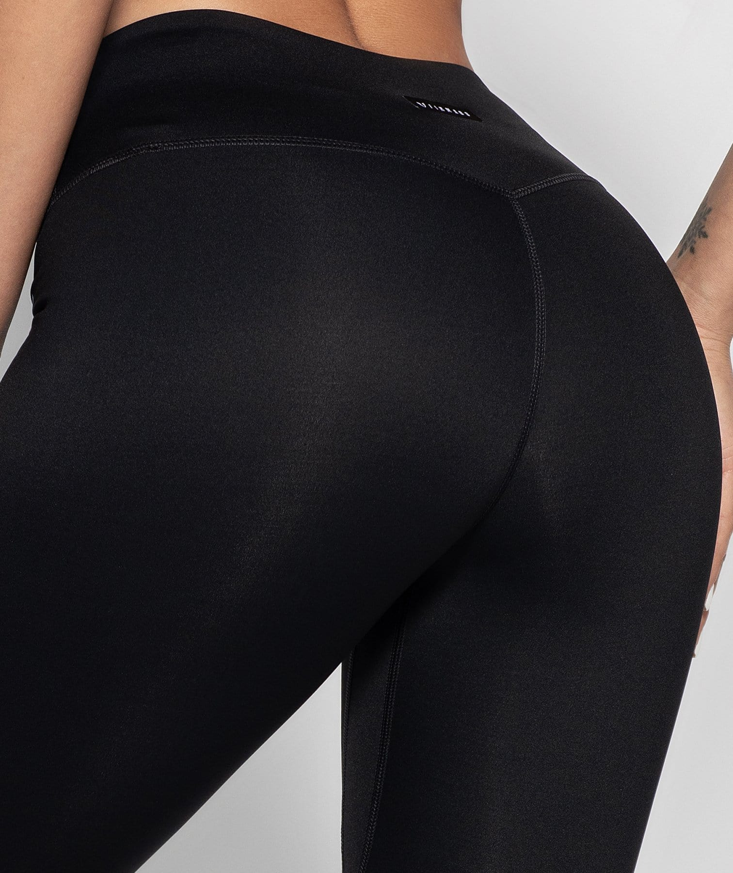 X-power Cropped Leggings - Black - Firm Abs Fitness