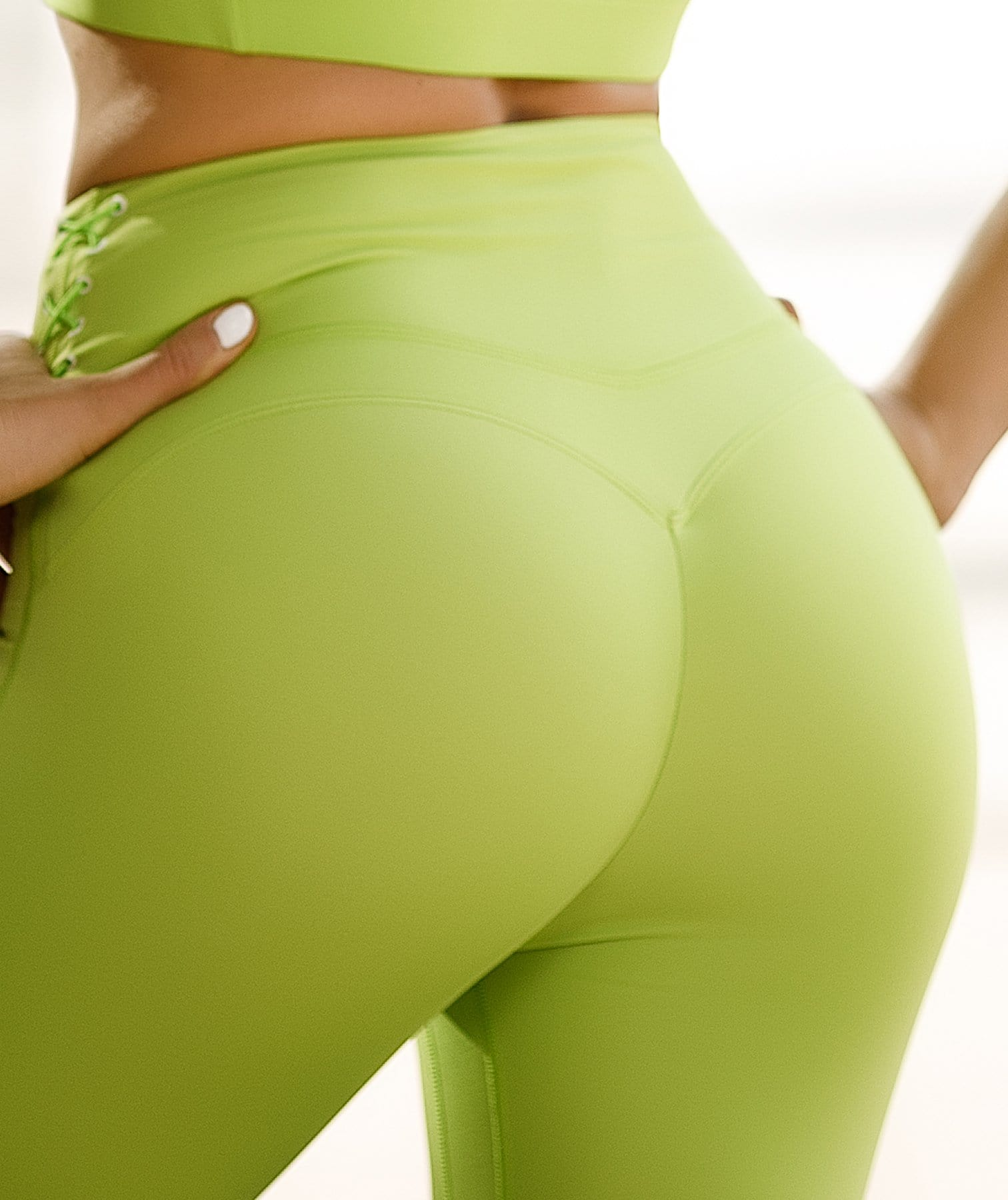 Honeypeach Cropped Leggings - Green - Firm Abs Fitness