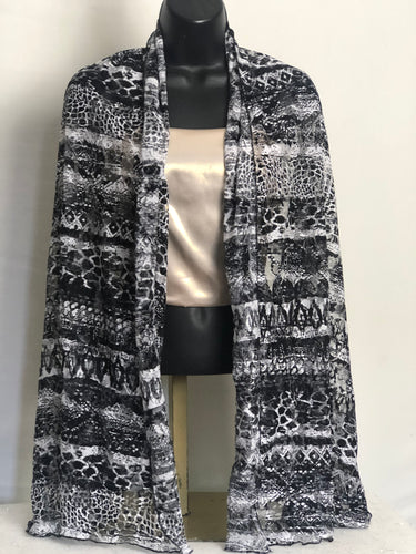B&W Flair Scarffie with Pocket Sleeves