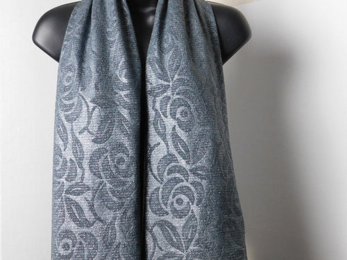 Silver Rose Scarffie with PocketSleeves