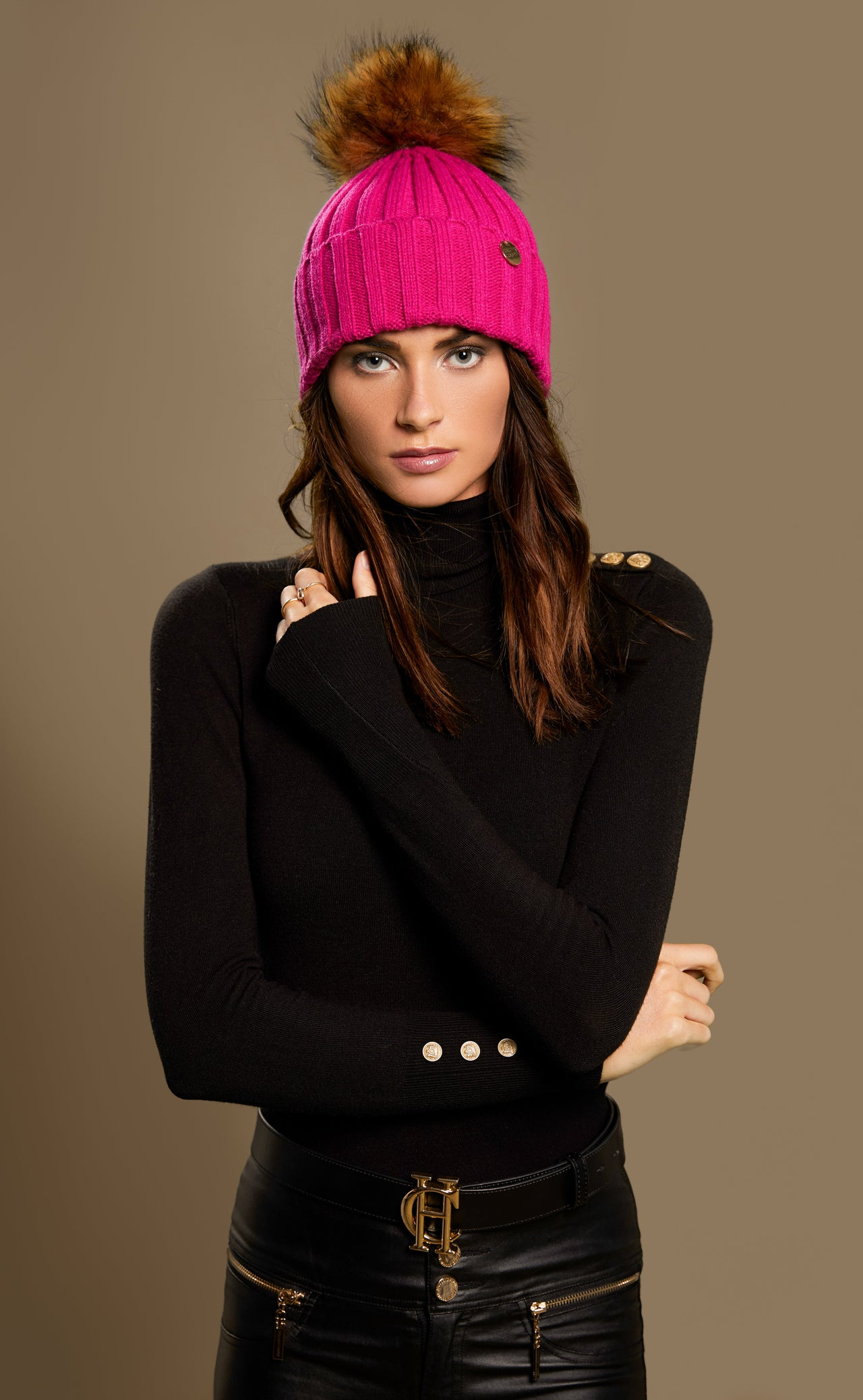 Acrylic Cable Knit Bobble Hat (Hot Pink)