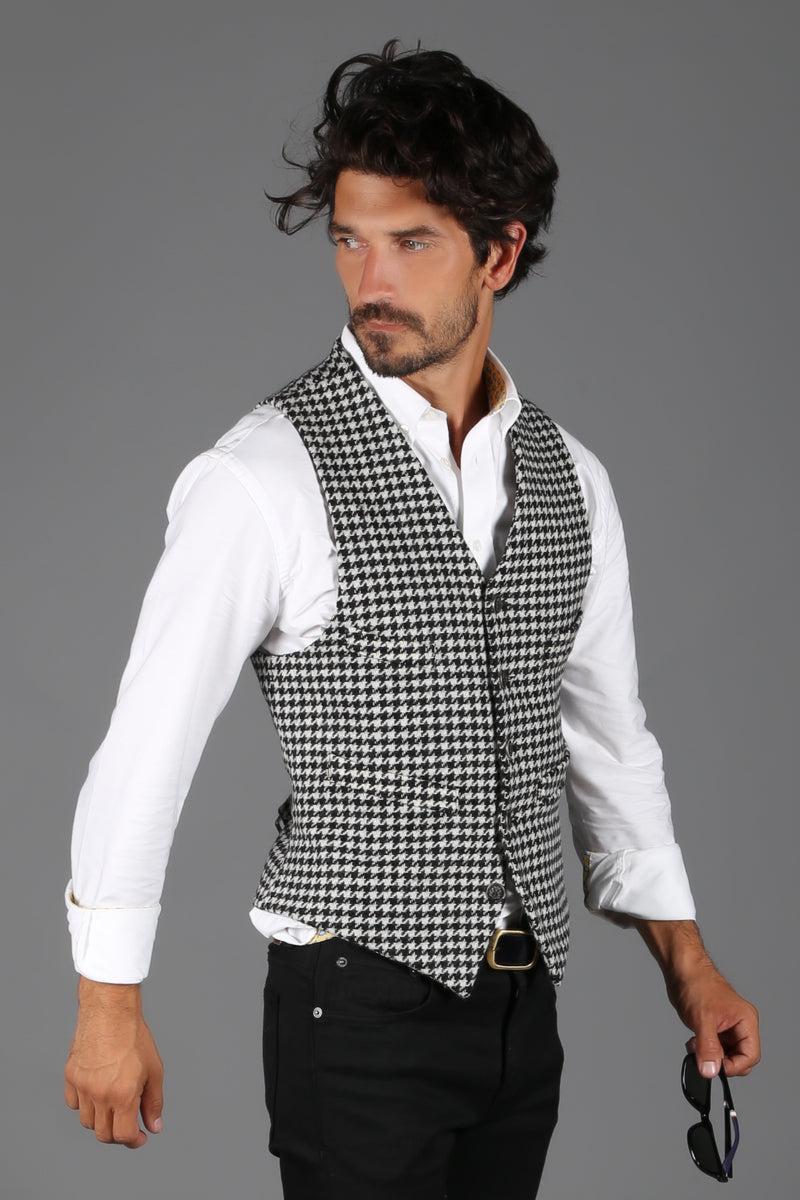 St James Waistcoat (Houndstooth)