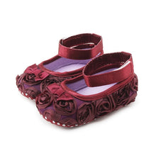 Load image into Gallery viewer, Baby Shoes~Cute skull flats, ladybug boots and more.