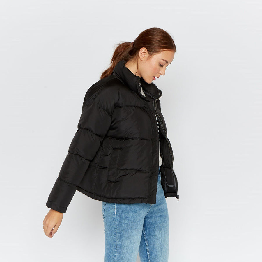 Lean On Me Puffer - Thread & Supply
