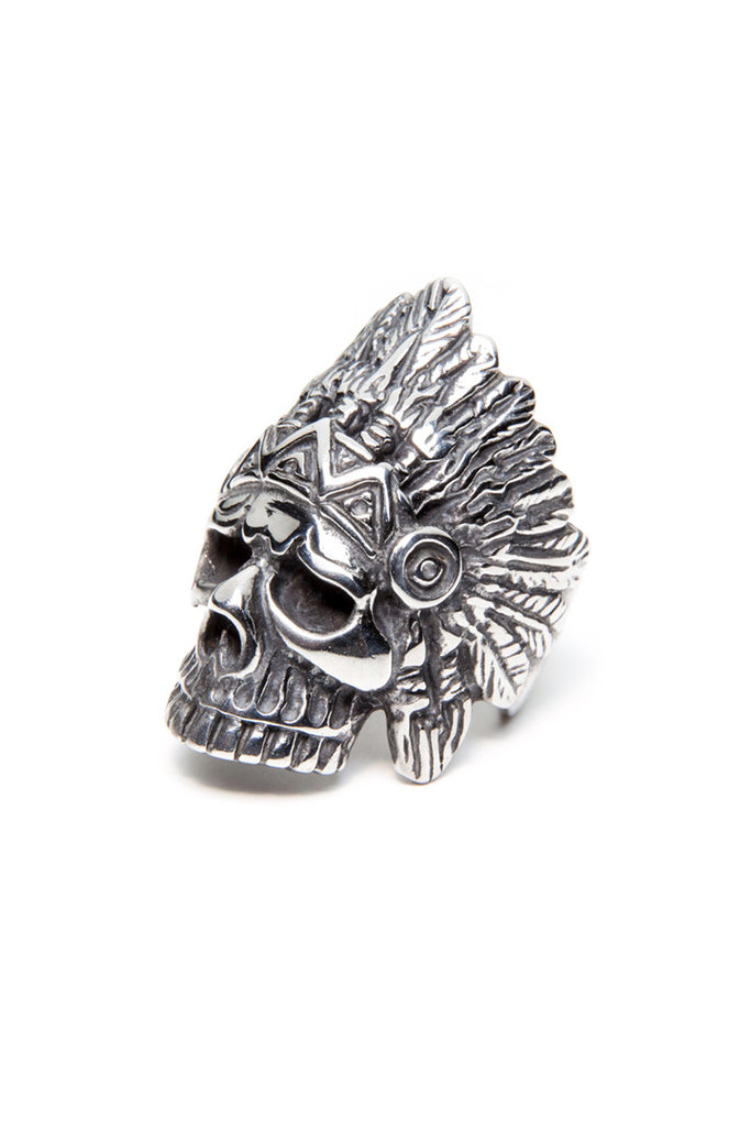 Skull Feathers Ring