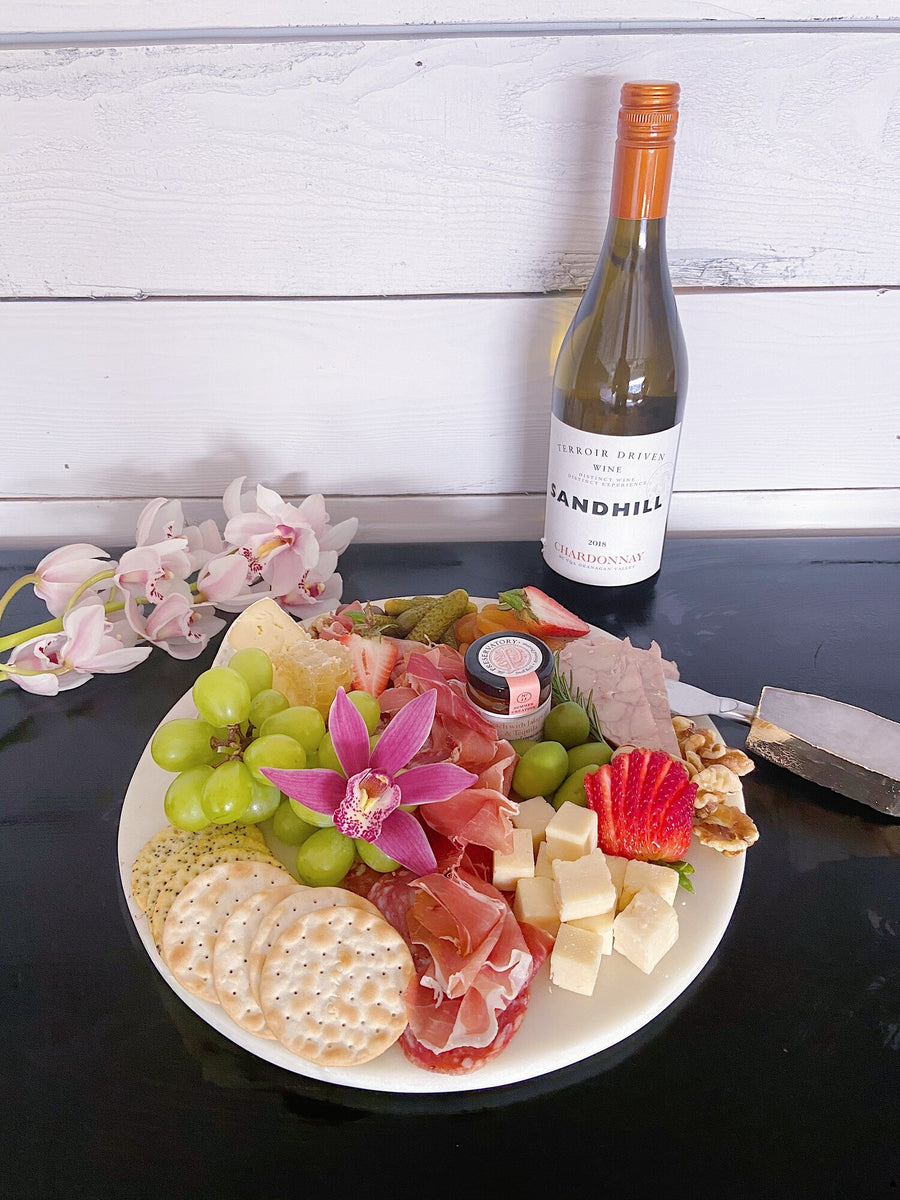 WINE +UNWIND DIY KIT WITH HANDMADE CHARCUTERIE