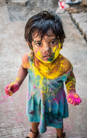 baby_color_holi_babyhero