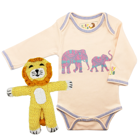 Sweet Safari Onesie/Toy Gift Set - Peach - 100% Organic Cotton, Fair-Trade - Baby Hero - 1