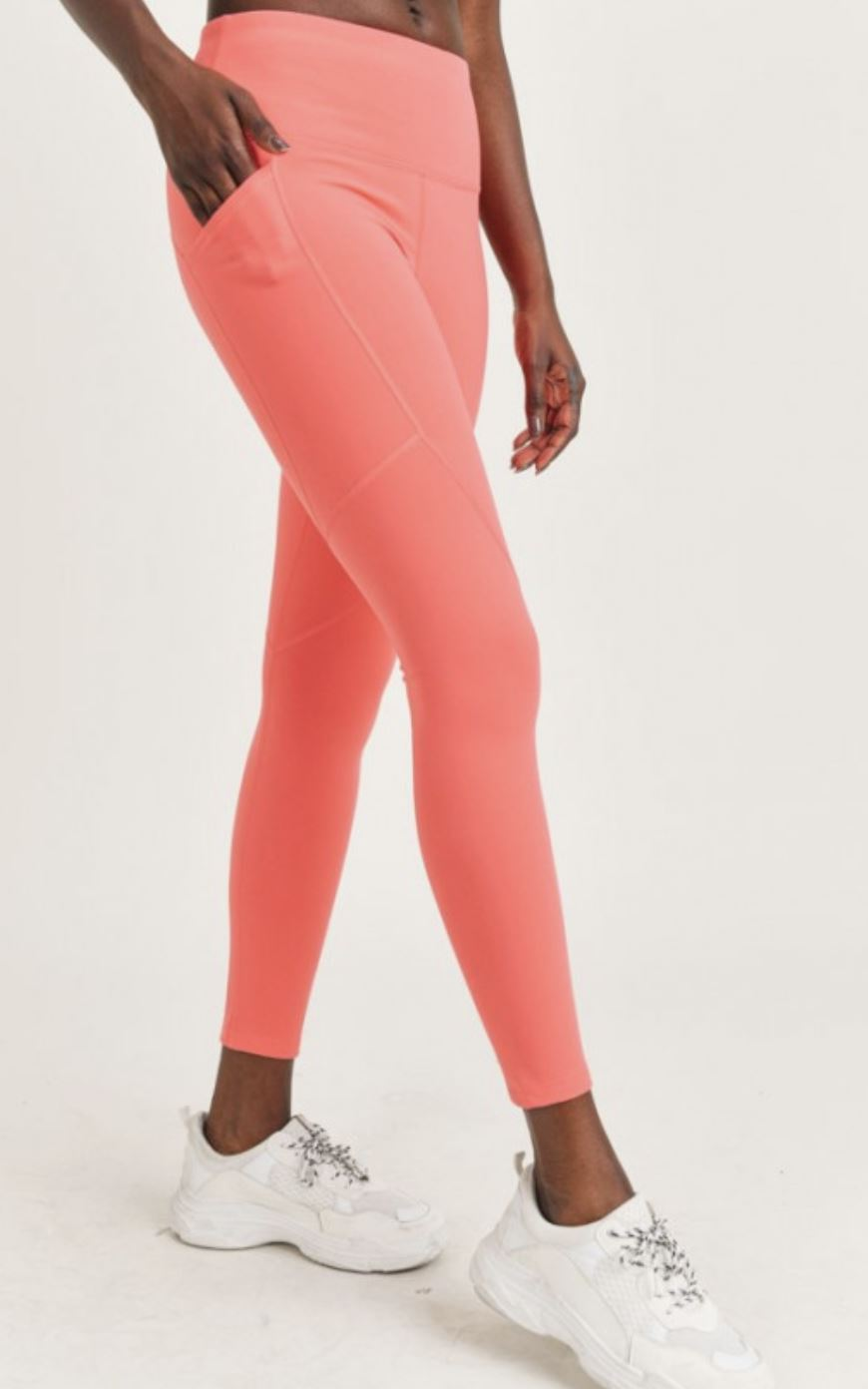 Essential Thermal Highwaist Leggings with Pockets Mono B