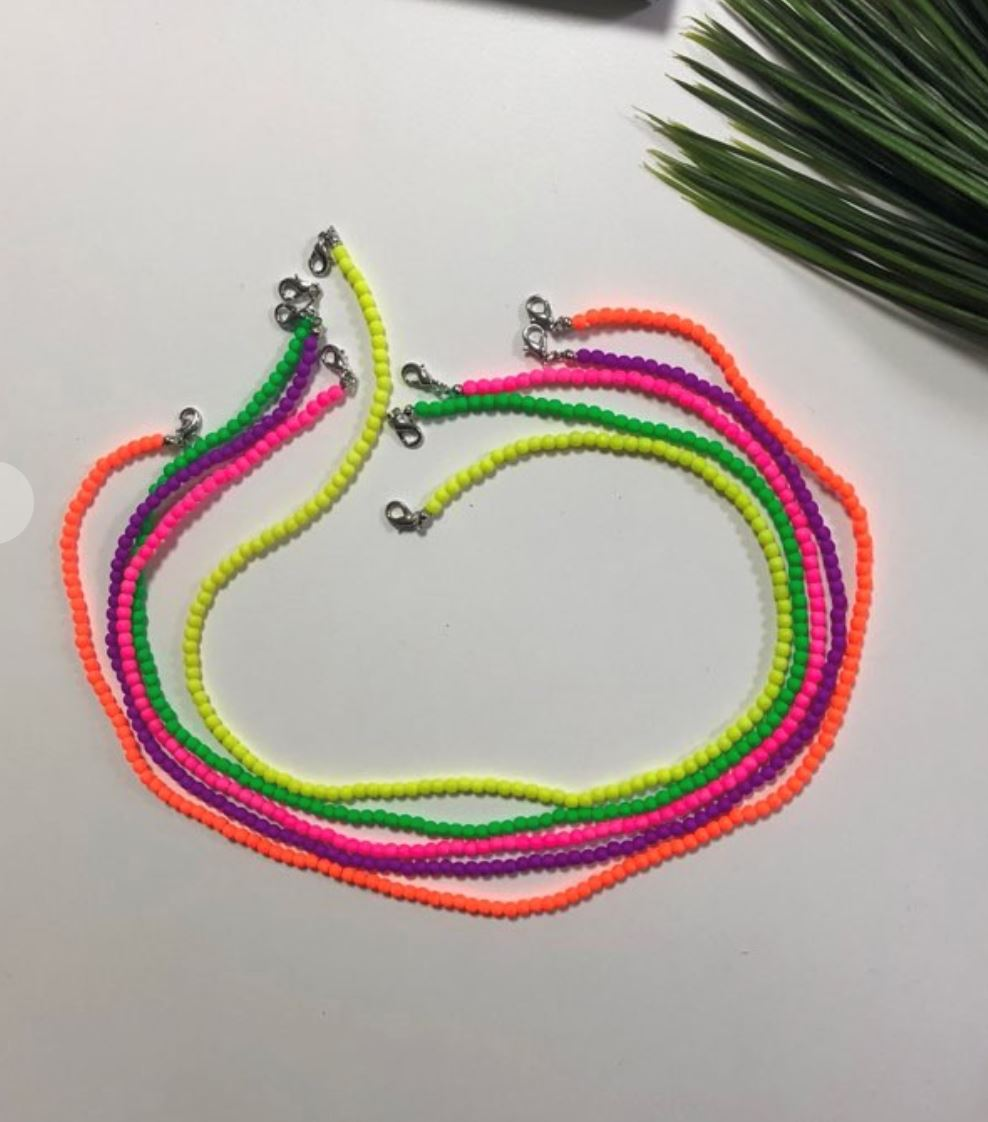 Neon Bead Mask Holder Lucky Planet
