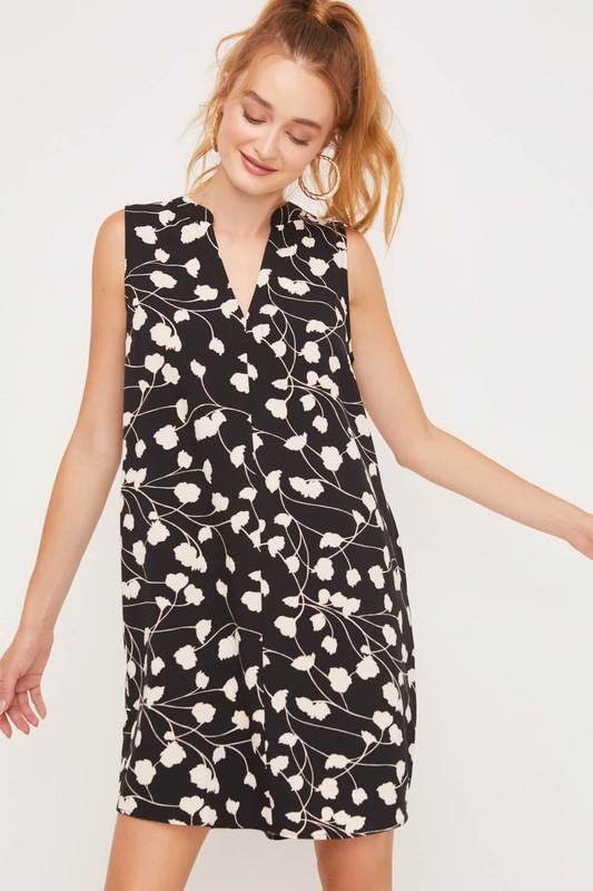 Sleeveless V-neck Dress Dress lush small black floral