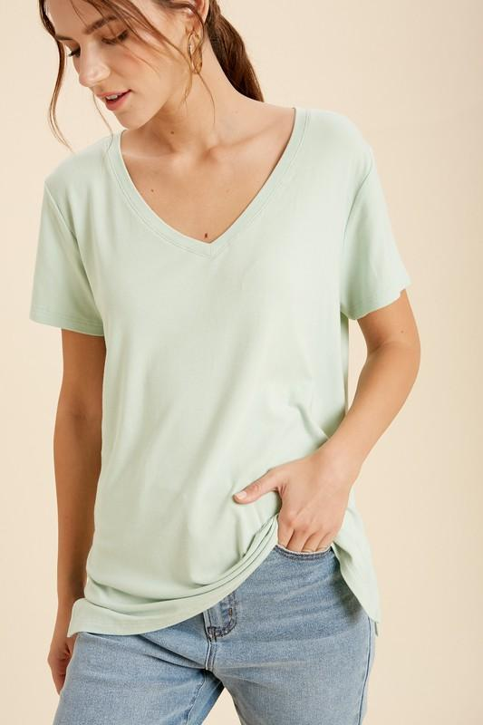 V-Neck Side Slit Tees tops Wishlist S/M mint