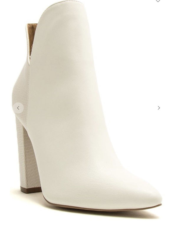 White Pointed Toe Bootie Thistle and Clover