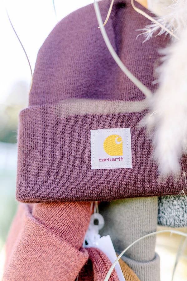 Carhartt Beanie in Deep Wine