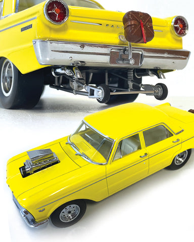 DDA COLLECTABLES 1965 XP FORD FALCON PRO STREET 1/18
