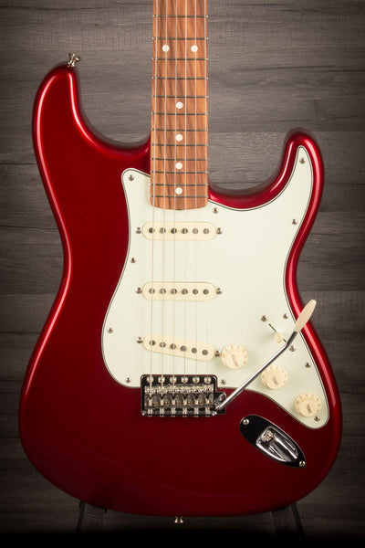 Fender - Classic Series 60'S Stratocaster (Candy Apple Red)